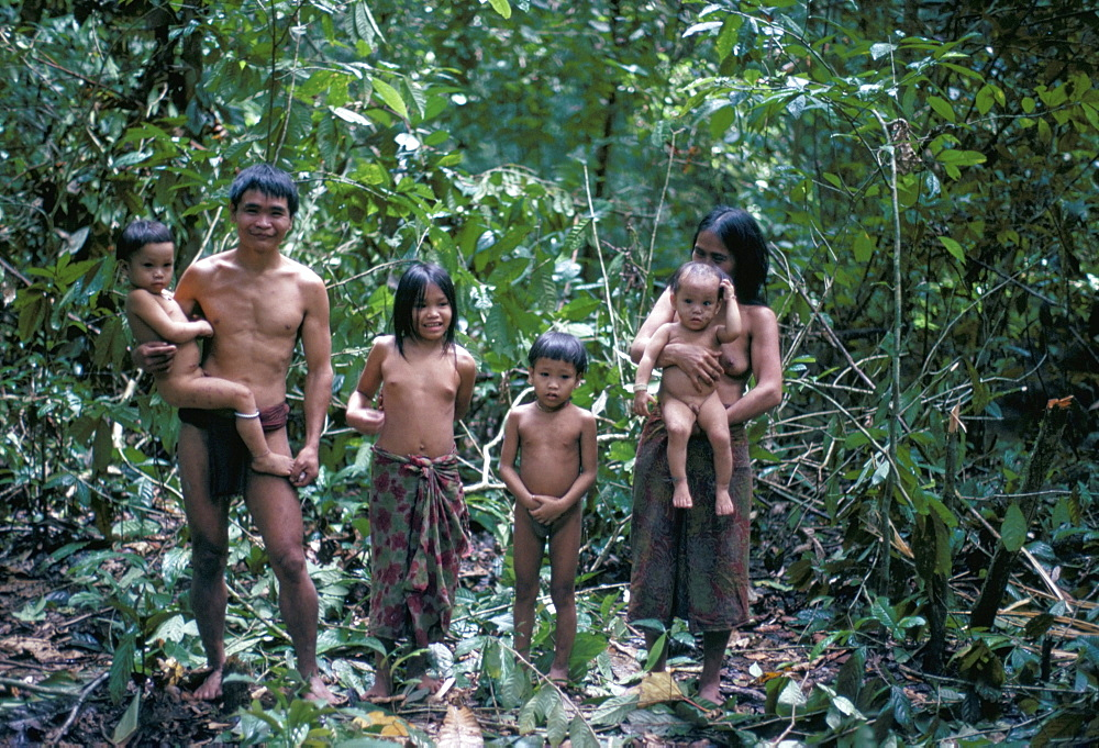 Penan family, Mulu expedition, Borneo, Indonesia, Southeast Asia, Asia