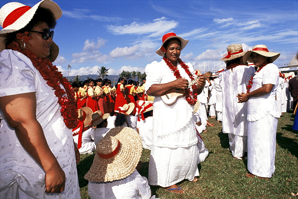 Lady dancers, Independence Day, Apia, Upolu, Western Samoa, Pacific Islands, Pacific