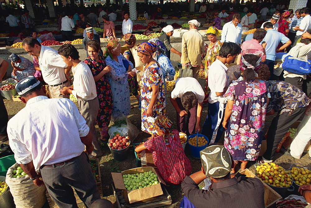 Main food market, Samarkand, Uzbekistan, Central Asia, Asia