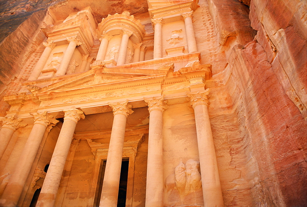 Facade of the Treasury (El Kazneh), Nabatean archaeological site, Petra, UNESCO World Heritage Site, Jordan, Middle East - 450-3677