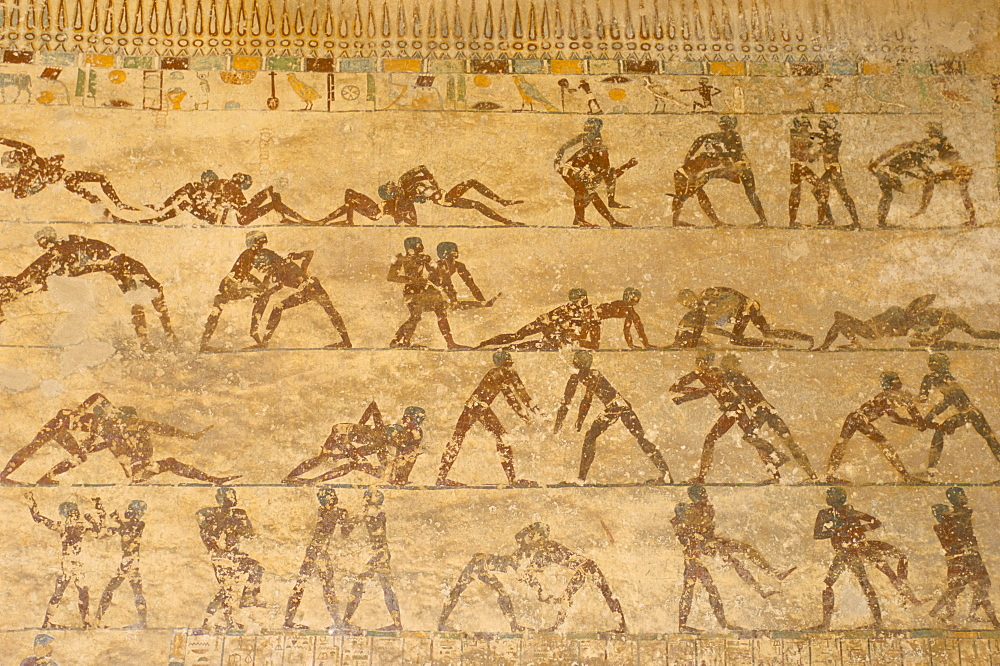 Wall paintings of wrestlers in tomb of Saqet III, tombs at Beni Hassan, Middle Egypt, Egypt, North Africa, Africa