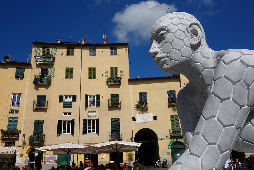 Plaza Anfiteatro, Lucca, Tuscany, Italy, Europe
