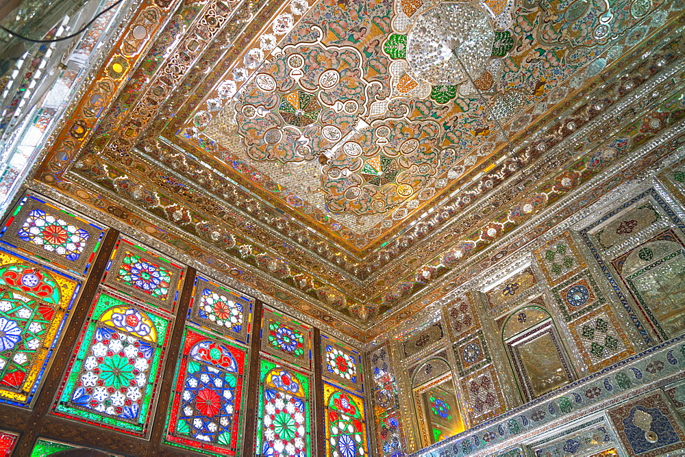 Mirrored reception hall ceiling, Khan-e Zinat al-Molk, Qavam al-Molk family's private quarters, Shiraz, Iran, Middle East