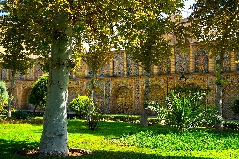 Gardens of Golestan Palace, UNESCO World Heritage Site, Tehran, Iran, Middle East