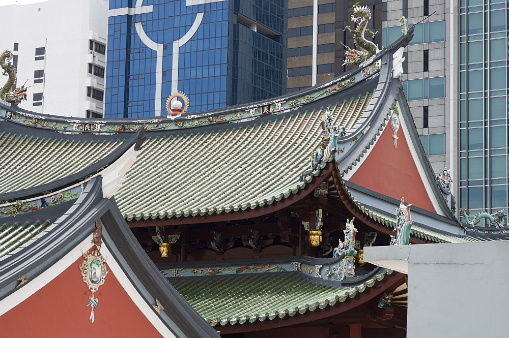 Temple roof detail, Thian Hock Keng Temple, Chinatown, Singapore, South East Asia