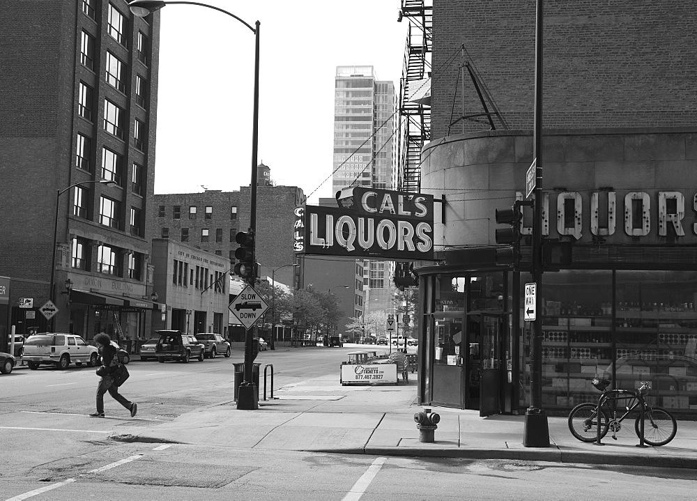 Liquor store, The Loop, Chicago, Illinois, United States of America, North America