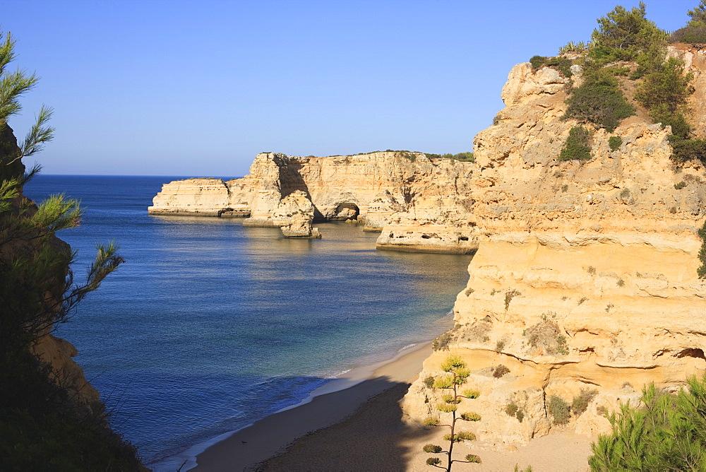 Praia da Marinha, Algarve, Portugal, Europe - 462-2472