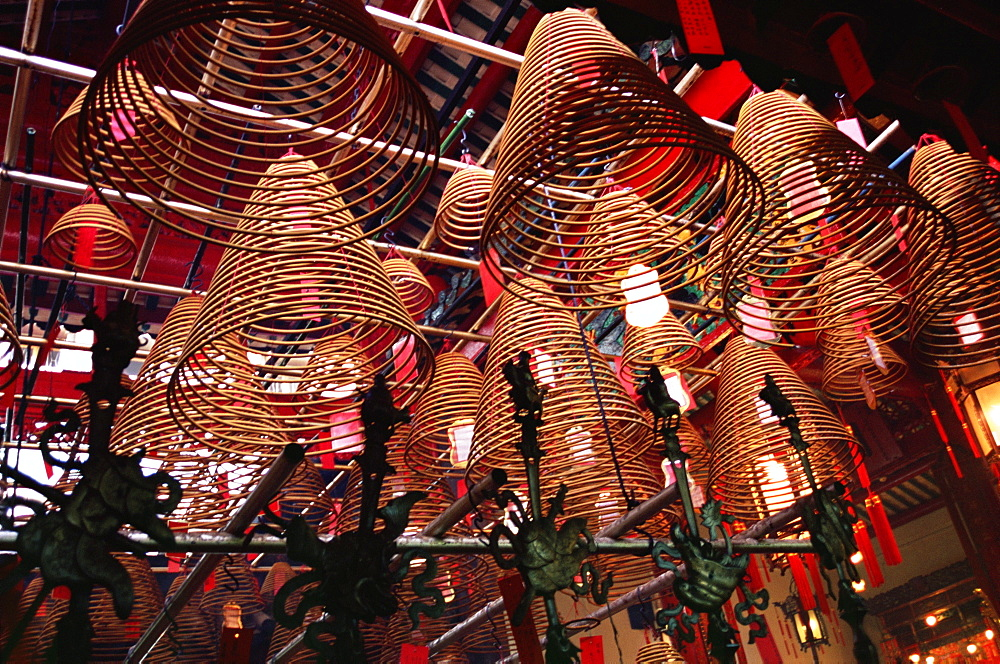 Incense coils, Man Mo Temple, Hong Kong Island, Hong Kong, China, Asia
