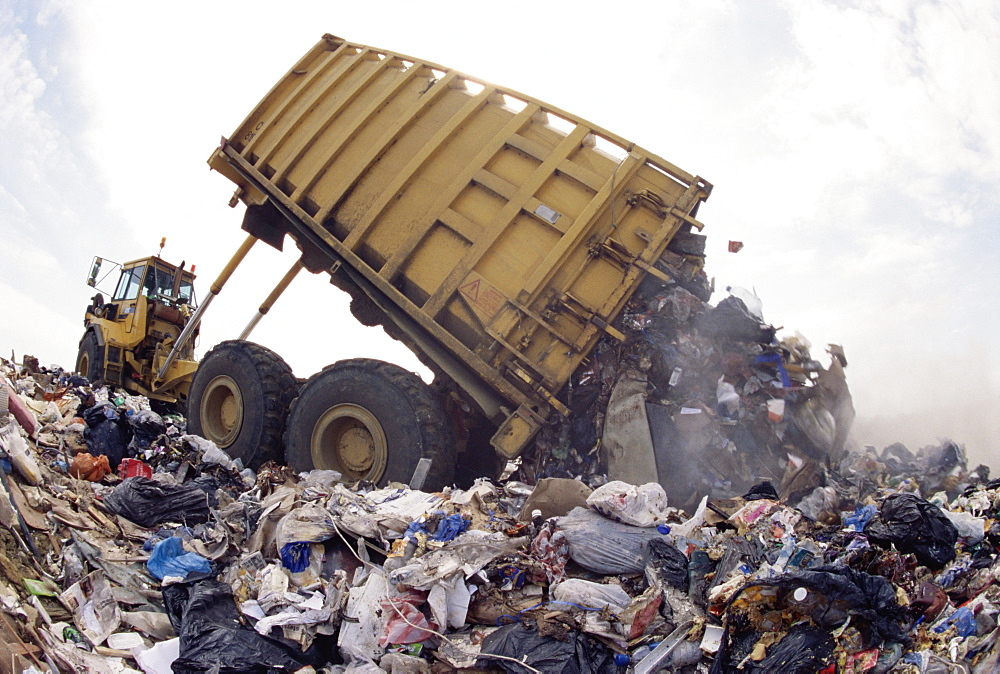 Lorry arrives at waste tipping area at landfill site, Mucking, London, England, United Kingdom, Europe - 465-3064
