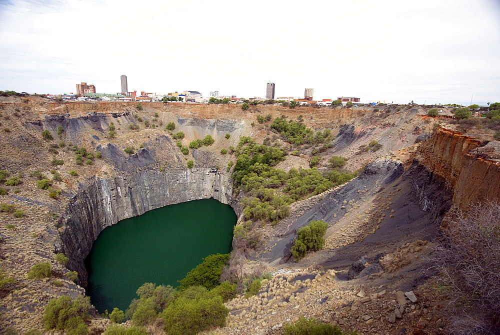 The Big Hole, part of Kimberley diamond mine which yielded 2722 kg of diamonds, Northern Cape, South Africa, Africa
