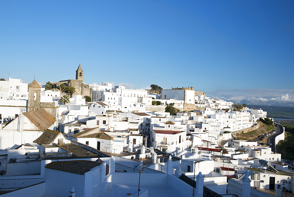 Rooftop views of the whitewashed village (Pueblos blanca) of Vejer de la Frontera, Cadiz province, Andalucia, Spain, Europe