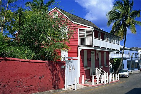 Balcony House dating from the 18th century, Nassau, Bahamas, West Indies, Central America