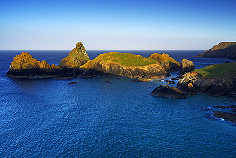 Kynance Cove, The Lizard, Cornwall, England, United Kingdom, Europe - 478-4942