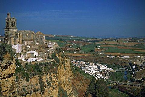 Arcos de la Frontera and surrounding countryside, Andalucia, Spain, Europe