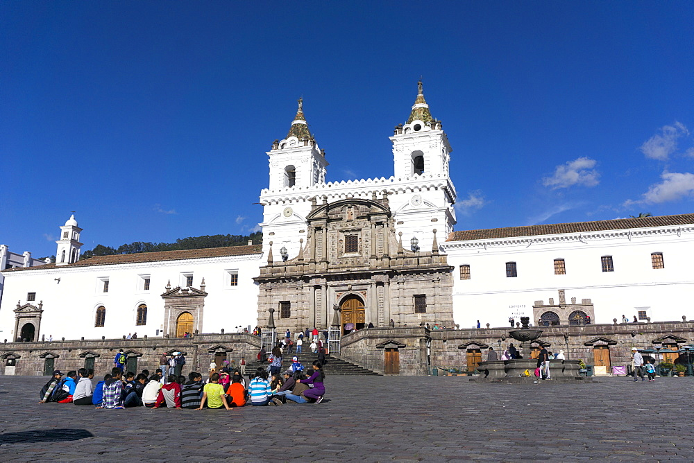 Plaza San Francisco, Quito, UNESCO World Heritage Site, Ecuador, South America