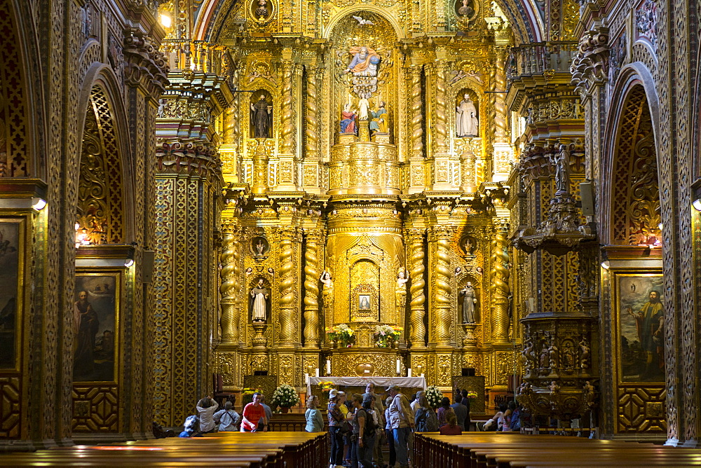 Interior of Iglesia de la Compania de Jesus, UNESCO World Heritage Site, Quito, Ecuador, South America