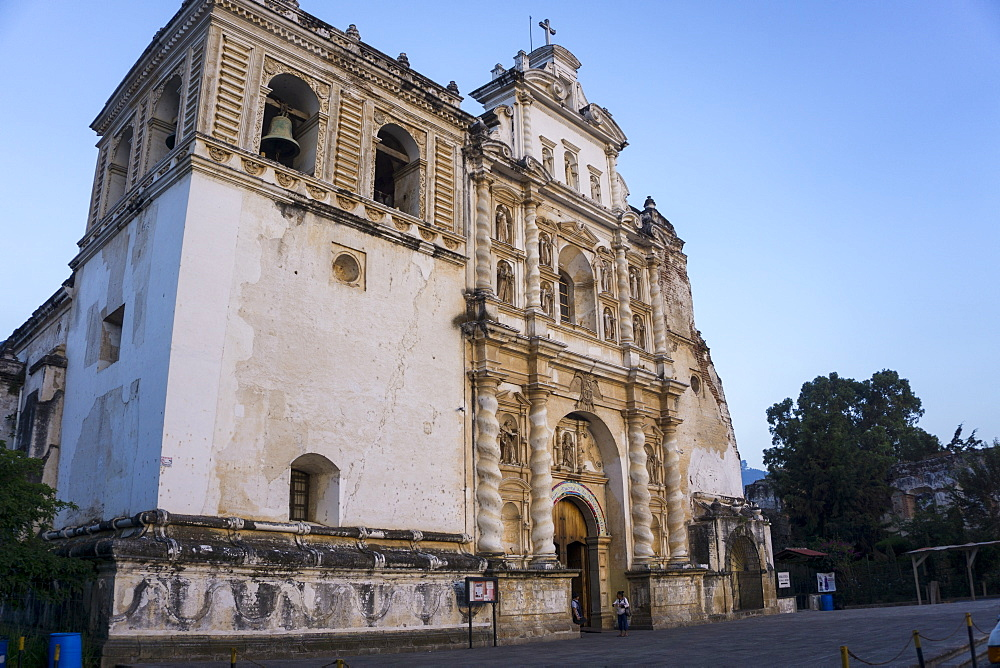 San Francisco church, Antigua, UNESCO World Heritage Site, Guatemala, Central America