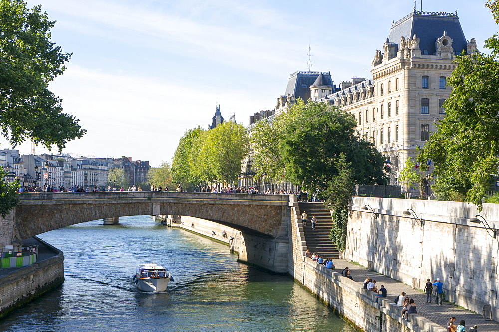 View of the River Seine, Paris, France, Europe - 483-2028