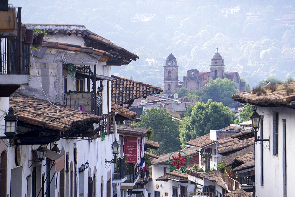 Looking down on town centre, Valle de Bravo, Mexico, North America
