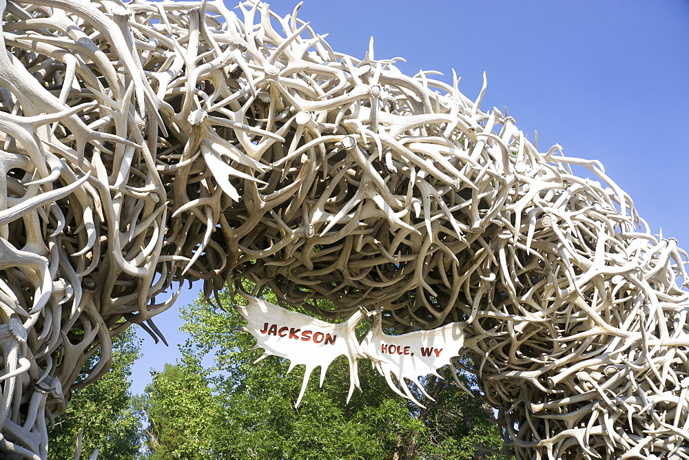 Large arch made of elk antlers, Jackson Hole, Wyoming, United States of America, North America - 483-2125