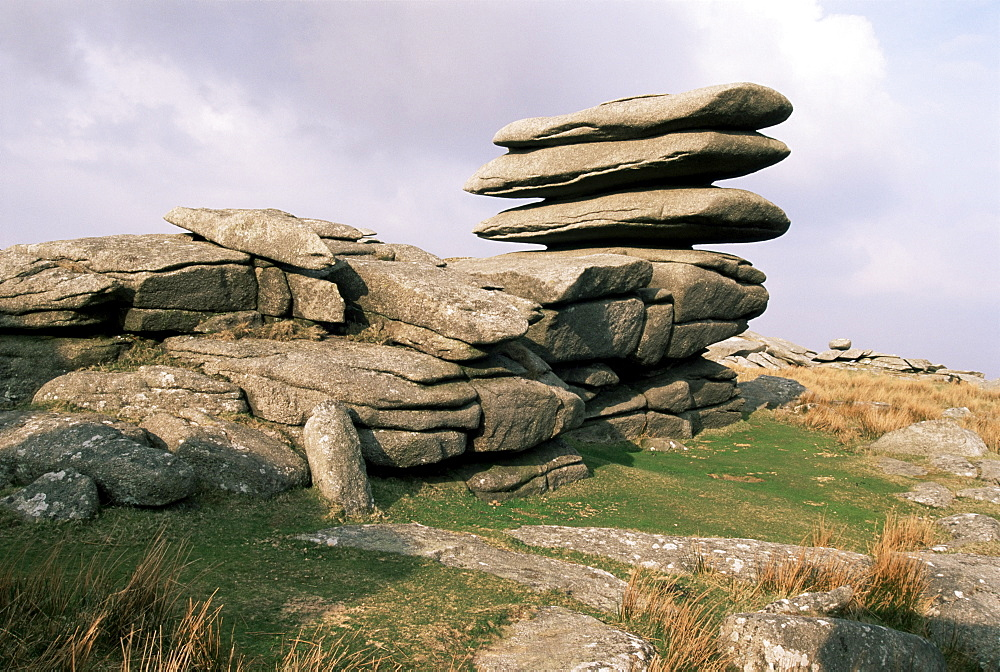 Rough Tor Rocks, Bodmin Moor, near Camelford, Cornwall, England, United Kingdom, Europe