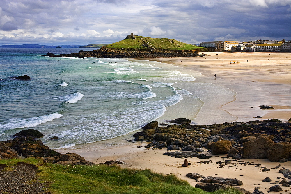 Porthmeor Beach, St. Ives, Cornwall, England, United Kingdom, Europe - 485-9662
