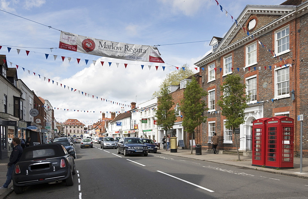 Old Post Office Building and High Street, Marlow, Buckinghamshire, England
