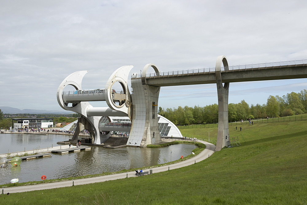 The Falkirk Wheel operating, Falkirk, Scotland, United Kingdom, Europe