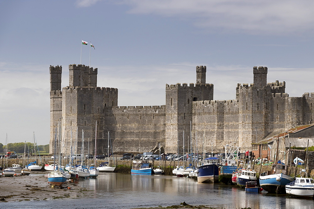Caernarfon Castle from the southeast, UNESCO World Heritage Site, Wales, United Kingdom, Europe - 489-1632
