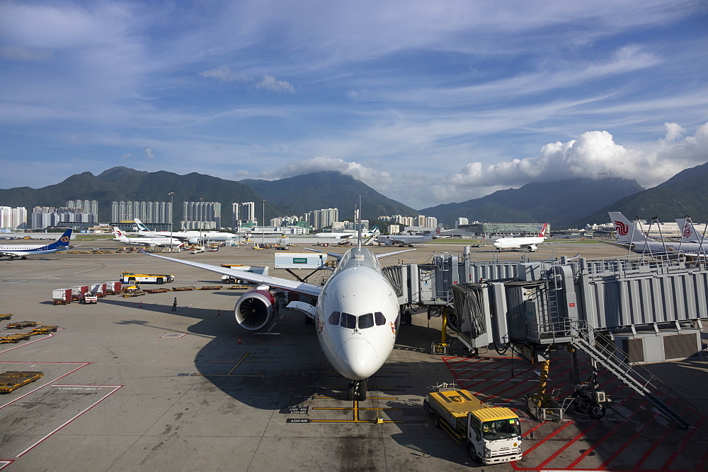 Boeing 787 Dreamliner at Hong Kong International Airport, Hong Kong, China, Asia