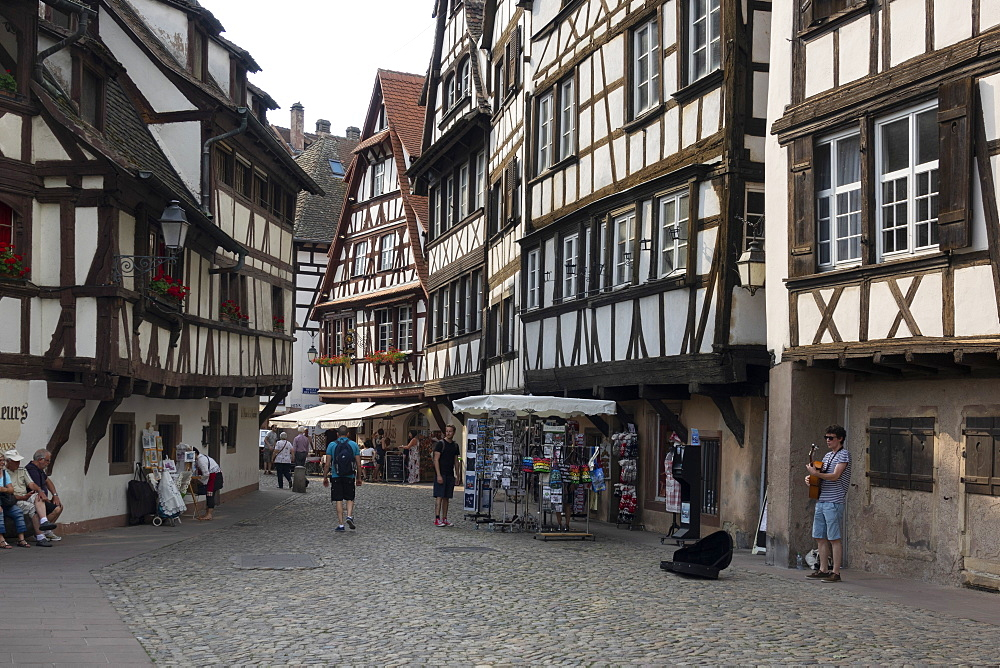 Petite France, UNESCO World Heritage Site, Strasbourg, Alsace, France, Europe - 489-1774