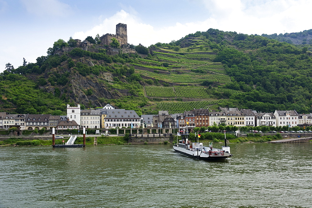 Kaub and Gutenfels Castle with car ferry, River Rhine, Germany, Europe - 489-1779