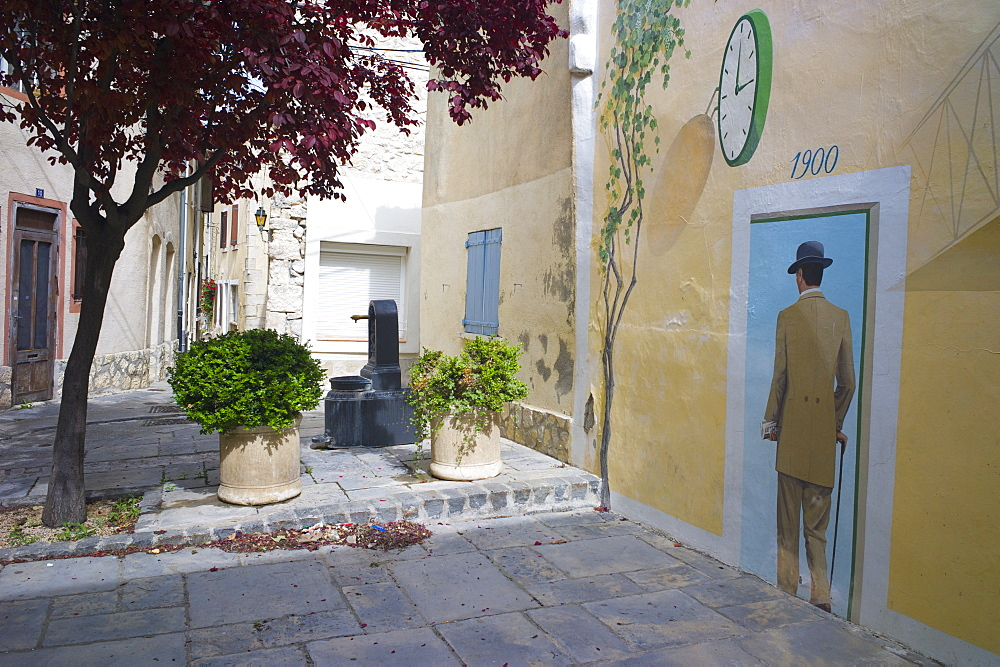 Mural in the town of Sigean, Languedoc-Roussillon, France, Europe - 492-3571