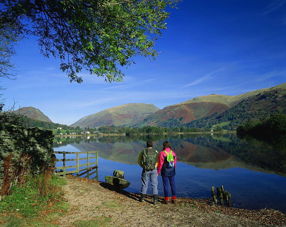 Walkers at Grasmere, Lake District National Park, Cumbria, England, United Kingdom, Europe - 505-515