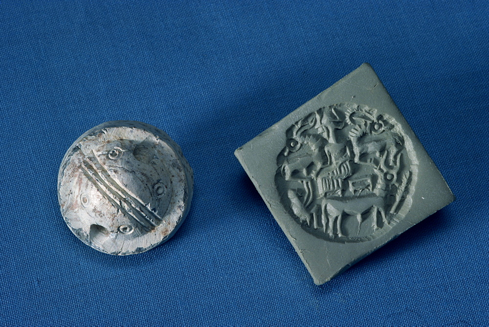 Steatite Dilmun seals from around 2350 BC, New National Museum, Manama, Bahrain, Middle East