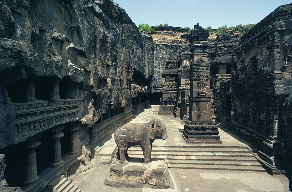 Cliff temples, Ellora, UNESCO World Heritage Site, near Aurangabad, Maharashtra, India, Asia