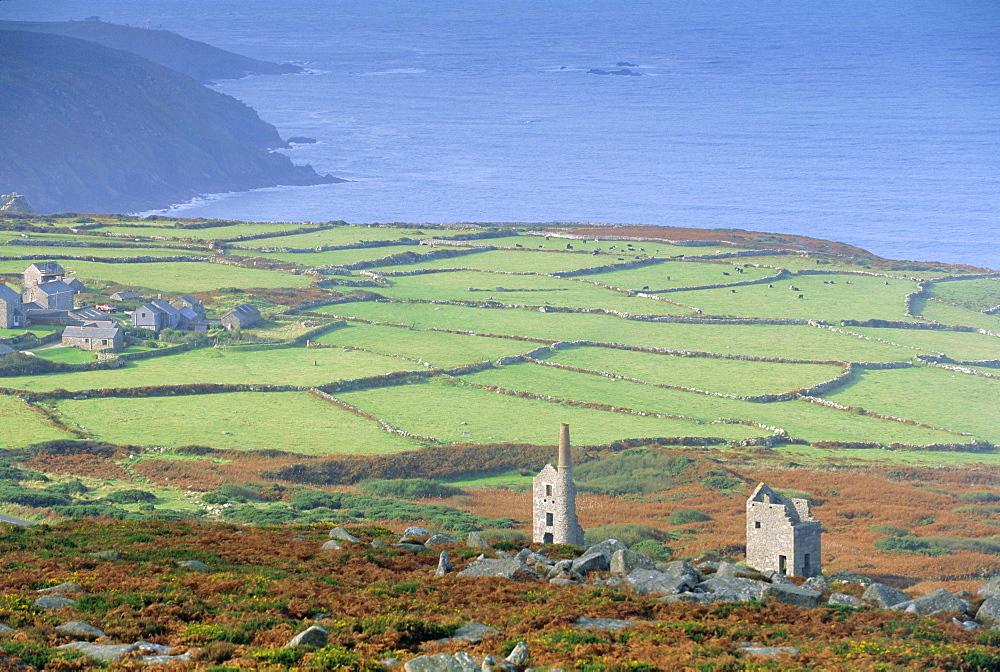 Bosigran tin mine near St Ives, West Penwith coast, Cornwall, England, UK