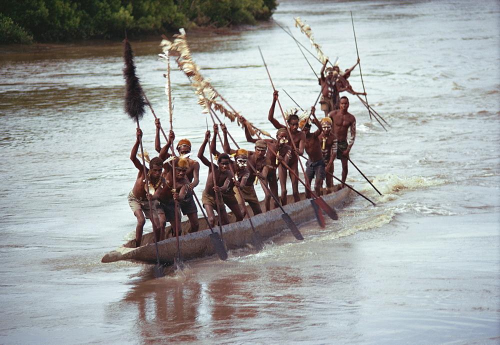 Asmat, racing canoes, Irian Jaya, Indonesia, Southeast Asia, Asia - 54-4835