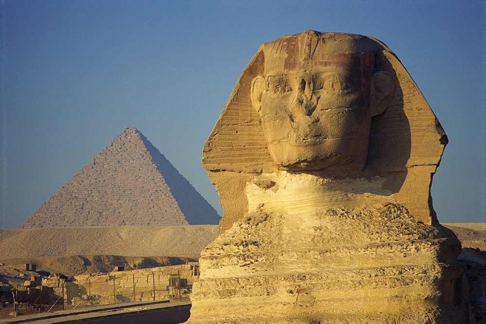 The Sphinx and one of the pyramids at Giza, UNESCO World Heritage Site, Cairo, Egypt, North Africa, Africa