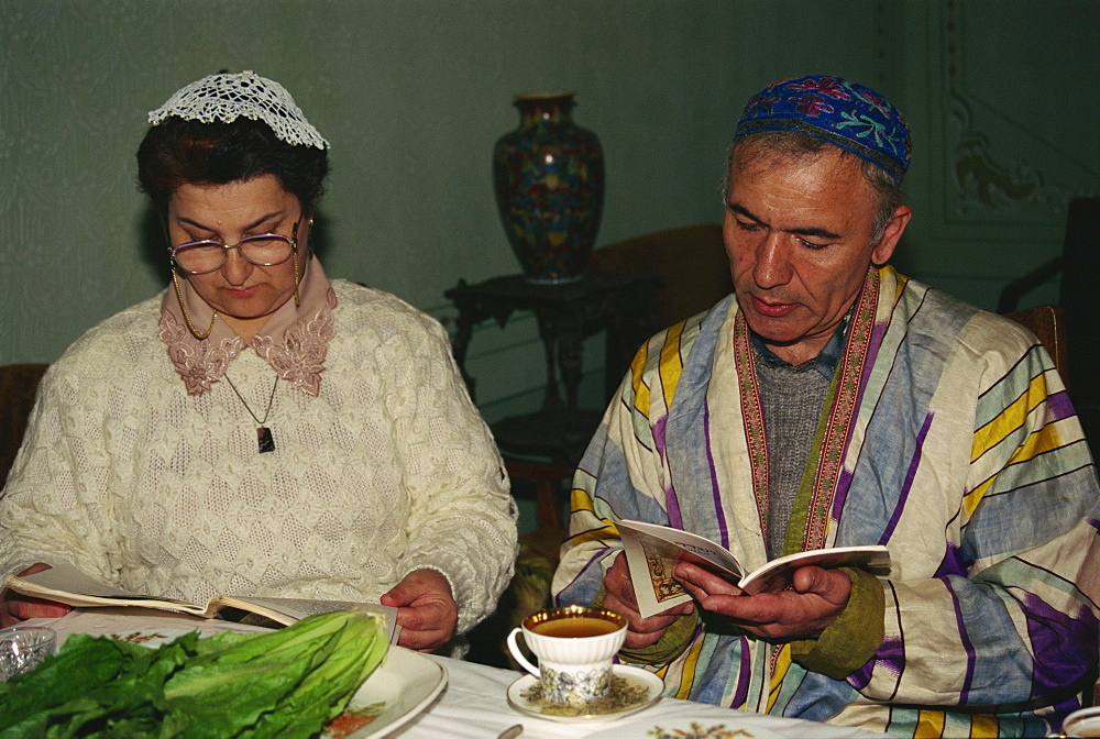 Passover celebrations in Bukharan Jewish family, Bukhara, Uzbekistan, Central Asia, Asia