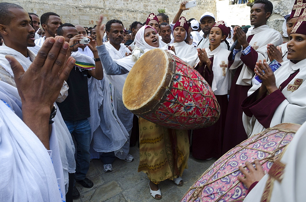 Ethiopian Good Friday celebrations at the Holy Sepulcre, Old City, Jerusalem, Israel, Middle East - 557-3371