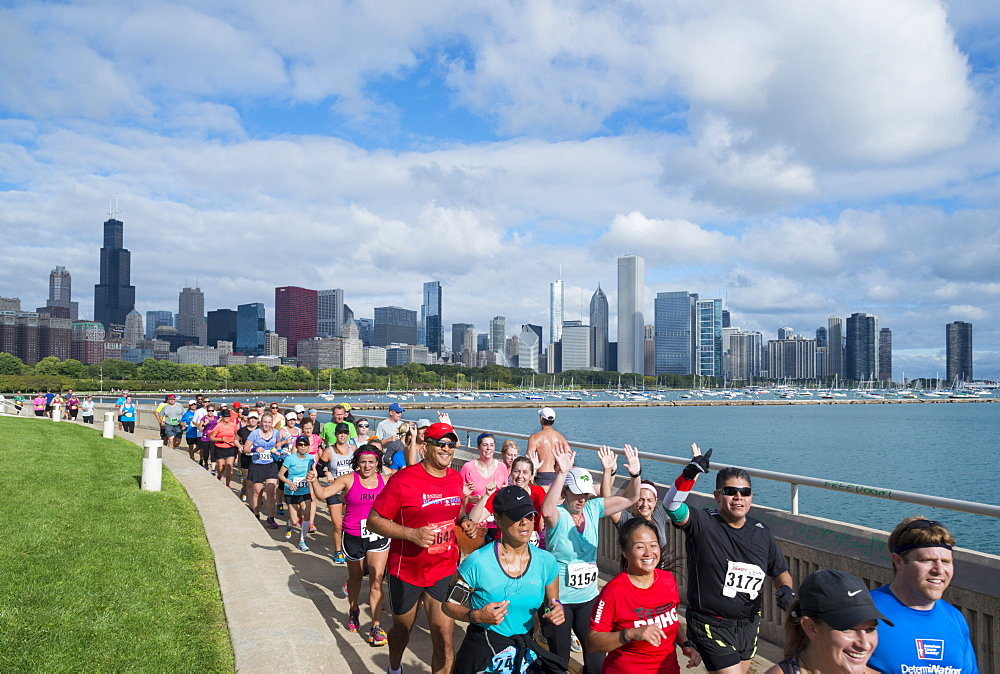 The Chicago Marathon along the lakefront, Downtown Chicago, Illinois, United States of America, North America