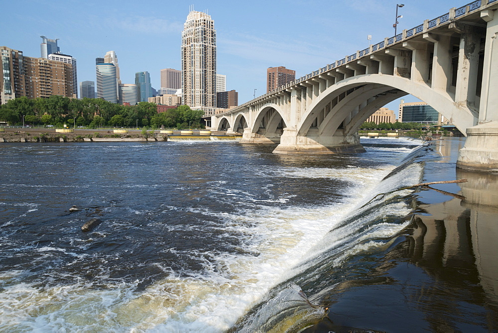 St. Anthony Falls on the Mississipi River, Minneapolis, Minnesota, United States of America, North America
