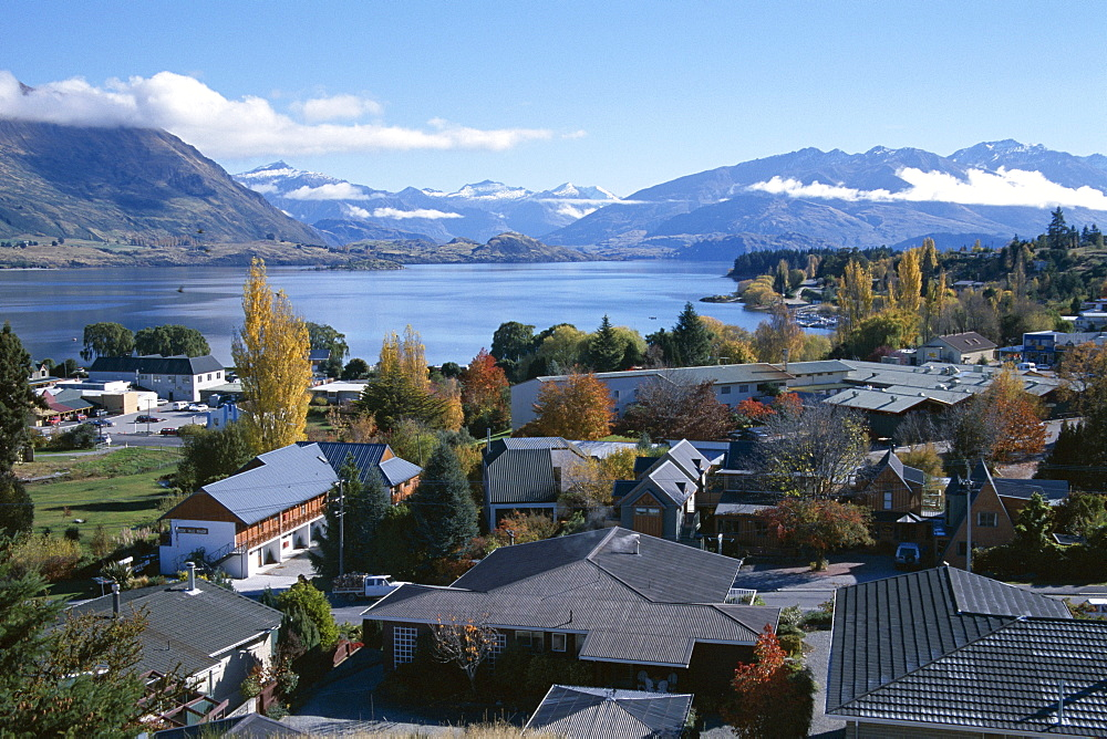View over town to lake, Lake Wanaka, Otago, South Island, New Zealand, Pacific