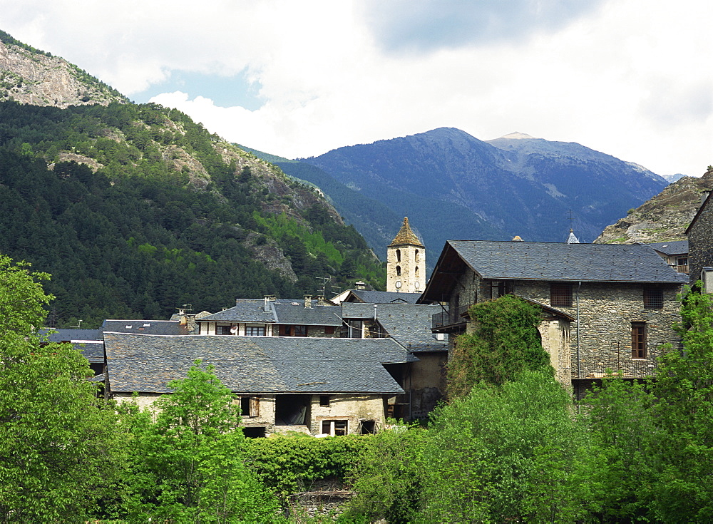 The beautiful old part of the village is made up of ancient stone houses with slate roofs, village of Ordino, Ordino, Andorra, Europe