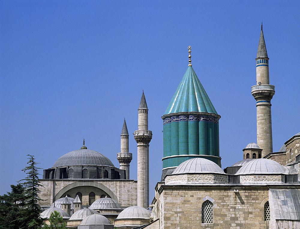 Mevlana Turbe (mausoleum), and Selimiye Camii (Mosque of Selim), dating from 16th century, Konya, Anatolia, Turkey, Asia Minor, Eurasia