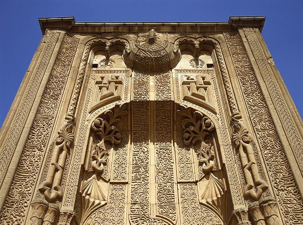 The portal of the Seljuk Ince Minare Medrese, now the Museum of Wood and Stone Carving, Konya, Anatolia, Turkey, Asia Minor, Eurasia - 59-3043