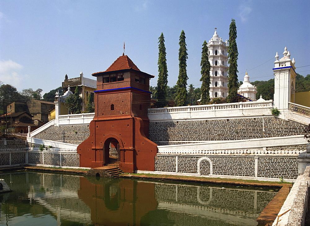 The Mangesh Temple, Priol, Goa, India, Asia - 59-3244