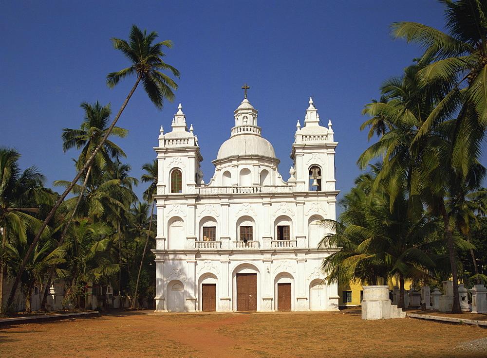 Church of St. Alex, Calangute, Goa, India, Asia - 59-3256