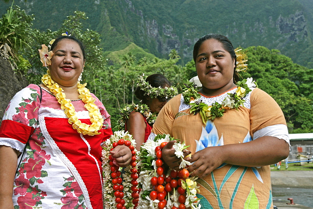 Welcome, Hanavave, Island of Fatu Hiva, Marquesas Islands, French Polynesia